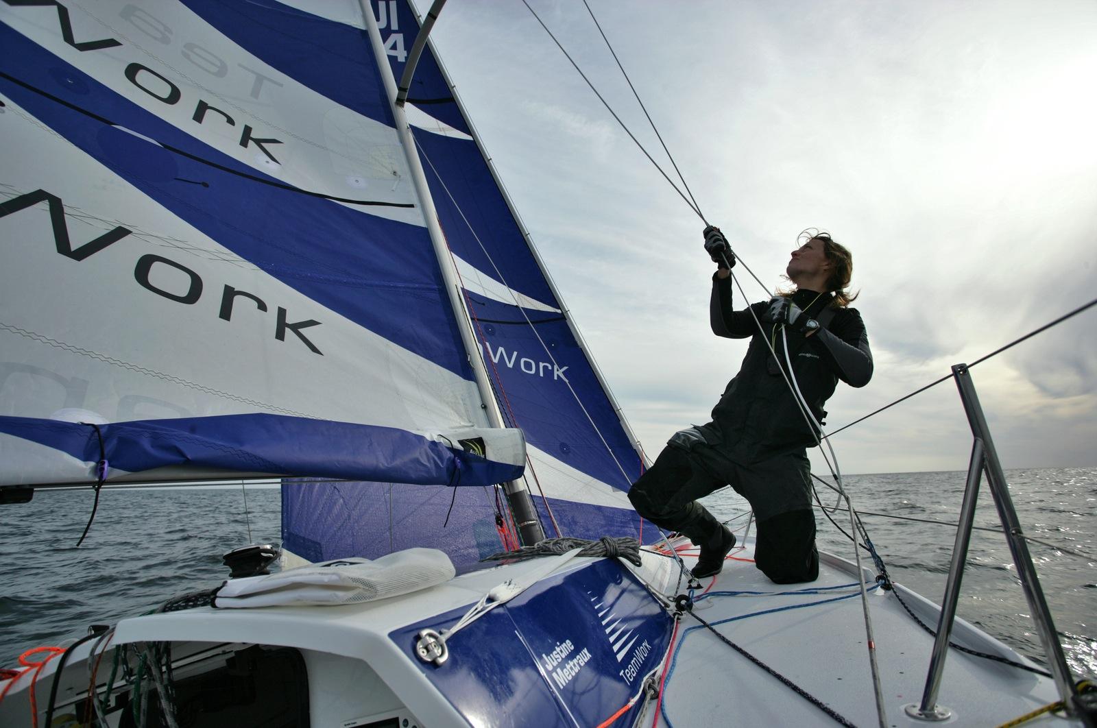 TeamWork et la navigatrice genevoise Justine Mettraux mettent le cap sur la Transat 6,50 2013
